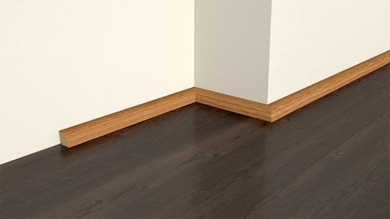 Fußbodenleisten Holz Weiß